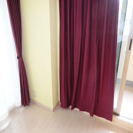 プレーンカラーのオーダーカーテン