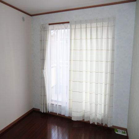 白色のオーダーカーテン