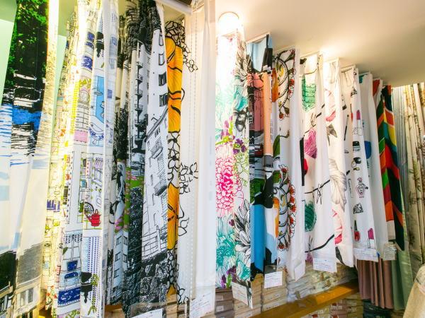 北欧デザインカーテンを展示、コーディネートするカーテンショップのジョイリビングイトオ