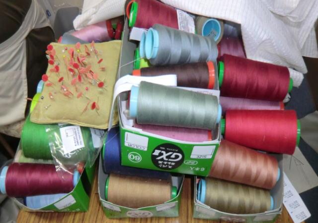 ロック糸繊維