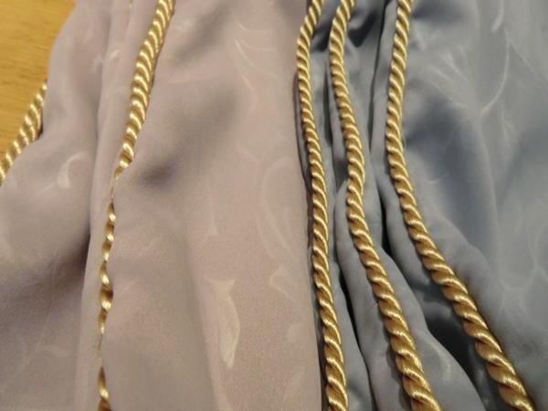 縫製は専門家が行いますのでご安心下さい。