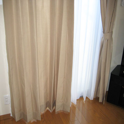 厚手・レースのダブル付けカーテン