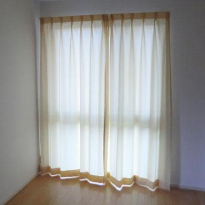 キッズルームのカーテン