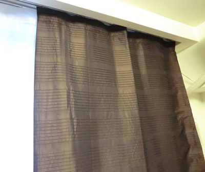 個性的なインポートデザインカーテン
