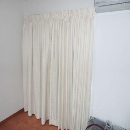 縦ストライプカーテン