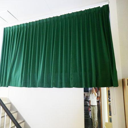 遮光性カーテンとボイルレースカーテン納品、取り付け