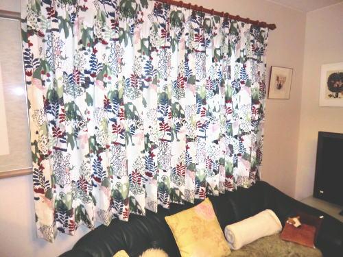 洋室にスカンジナビアカーテン