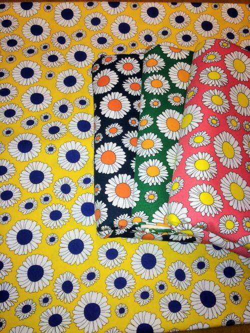 STUDIO HILLA fabric