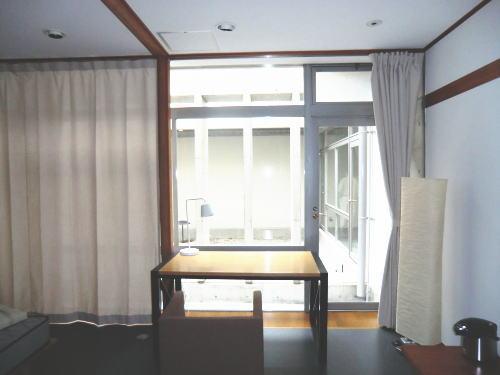 両開きカーテン(大きな面積のカーテン)