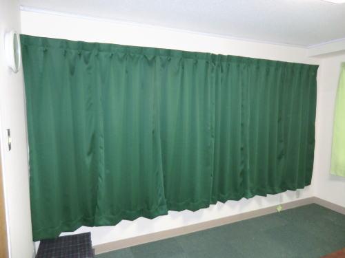 教会の遮光カーテン納品