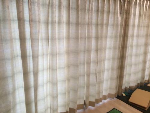 京都府長岡京市のマンションにカーテン納品