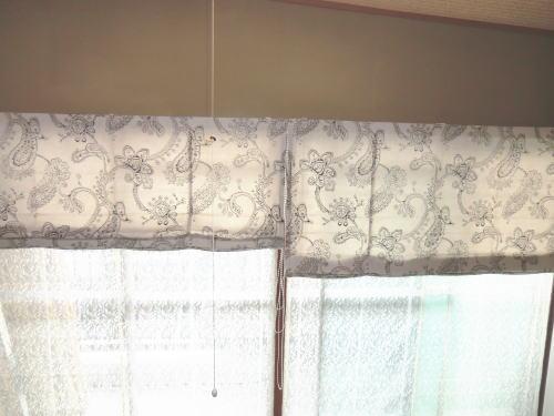 和洋室の似合いデザインとスタイルのプレーンシェード