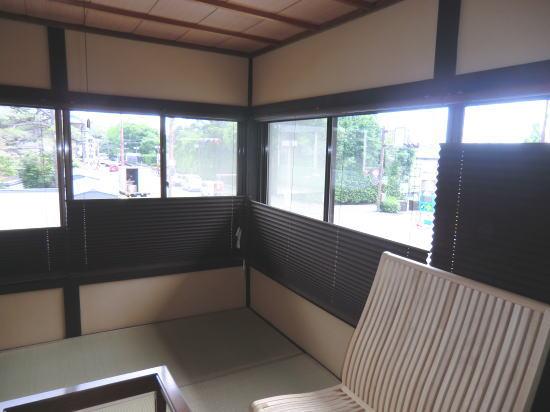 京都町家へプリーツスクリーン納品