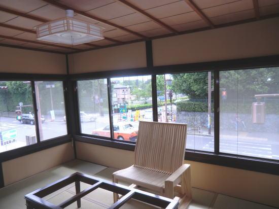 京都岡崎のギャラリーへシェード納品