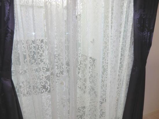 唐草模様のオーダーカーテン