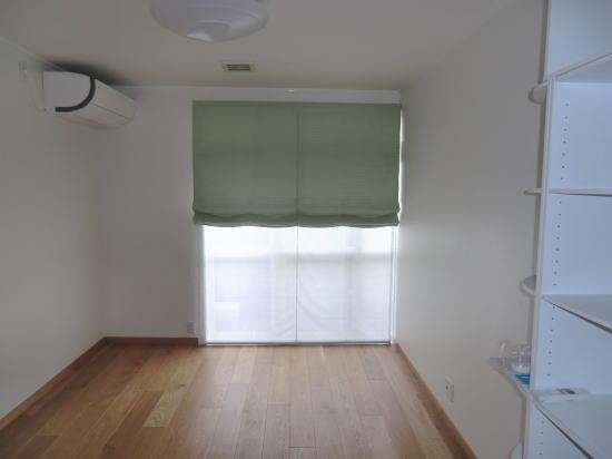 淡いグリーンがお部屋を明るくします