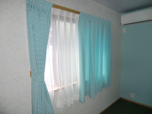 プレーンなオーダーカーテン