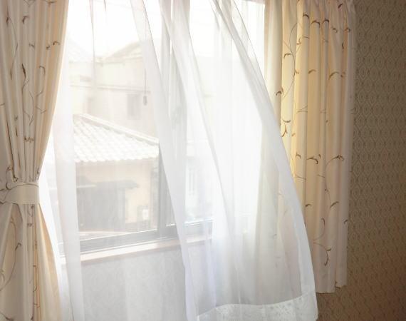 2階各部屋のオーダーカーテン