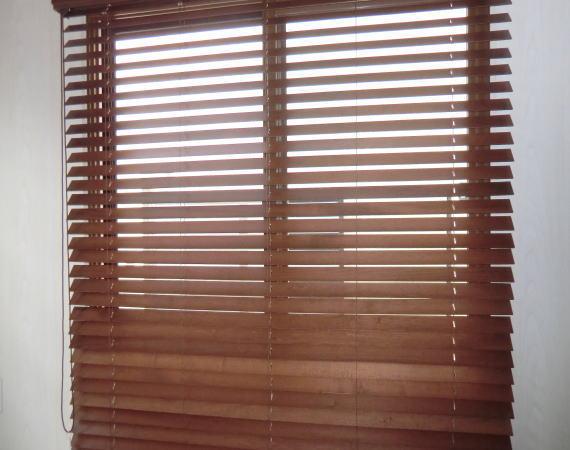 トーソー社の木製ウッドブラインド納品