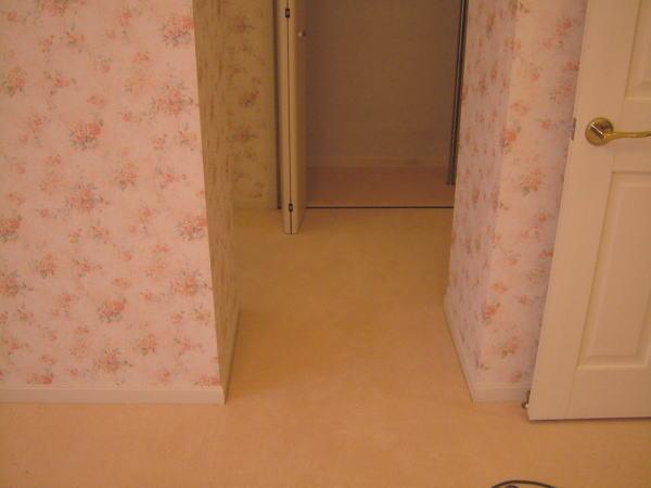 入角出角あるカーペット敷き込み工事