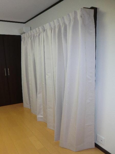 遮音性効果が期待できるオーダーカーテン