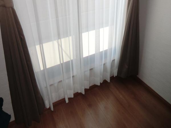 2階にオーダーカーテン納品