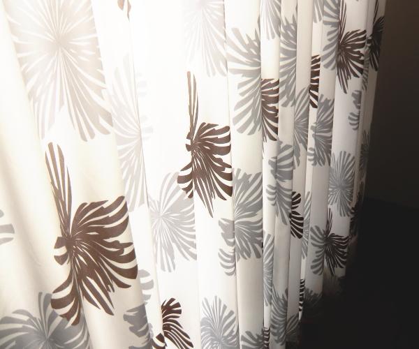ドイツ製オーダーカーテン