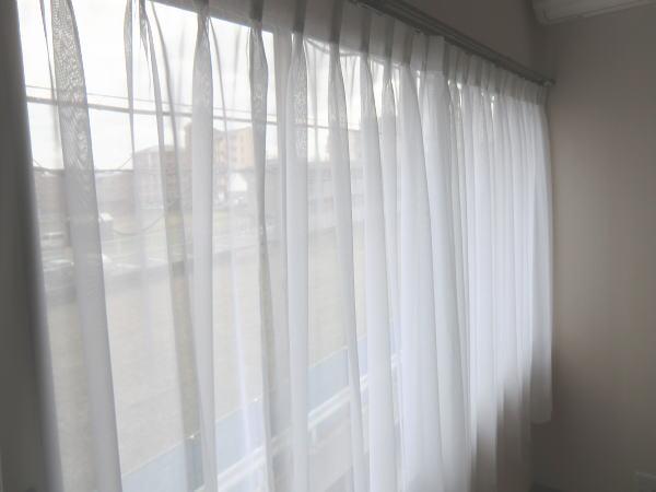 2階洋室にもオーガンジーレースカーテン納品