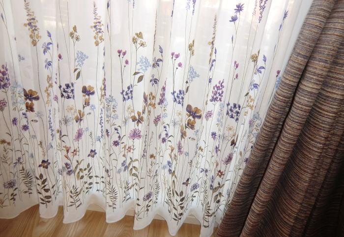刺繍のオーダーレースカーテン