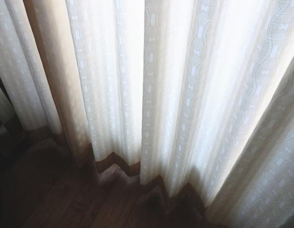 丁寧に縫製仕上げカーテン