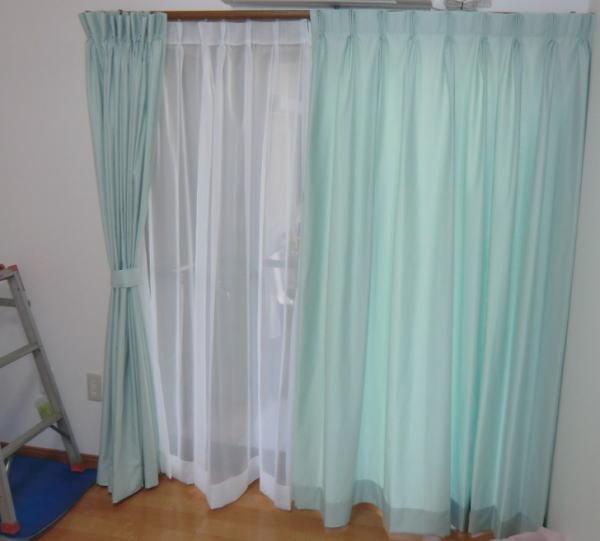 オーダーカーテンは、カーテンレール取り付け後に採寸縫製工程となります。