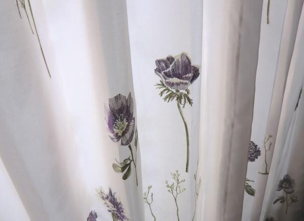 ワンポイント刺繍カーテン納品