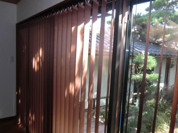 窓枠内天井付け納品(京都府向日市住宅)