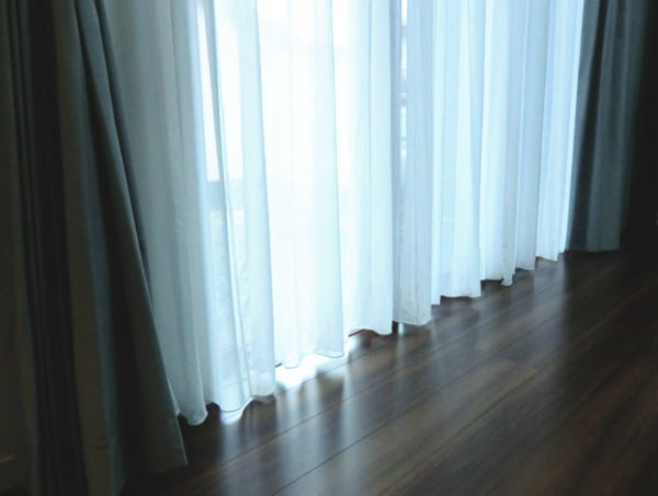 京都府長岡京市内で御新築木造一戸建住宅のユーザ様邸より各お部屋のカーテン窓廻りのコーディネートを提案、取り付け納