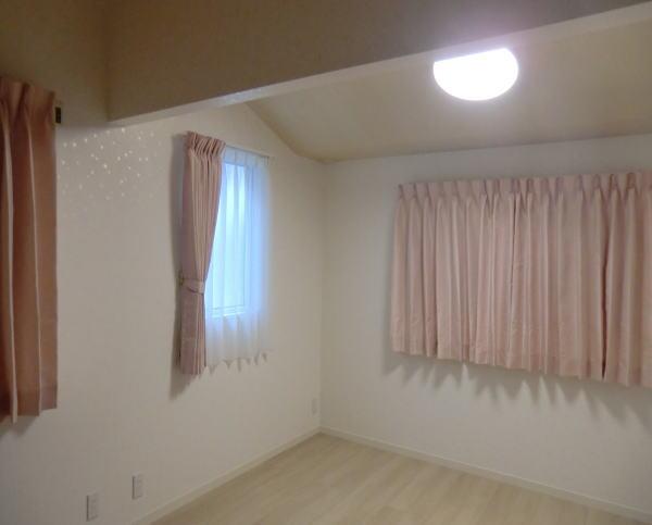 キッズルームオーダーカーテン(京都府木造戸建て住宅)