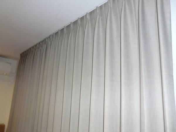 カーテンボックス内、天井付け、オーダーカーテン