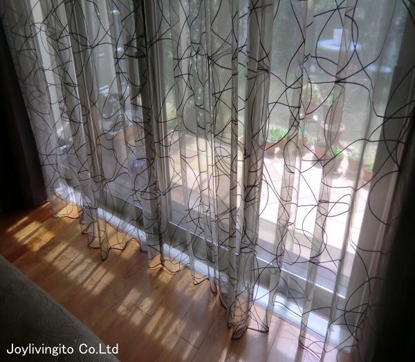 リビングにオーダーカーテン納品(京都府長岡京市の戸建住宅)