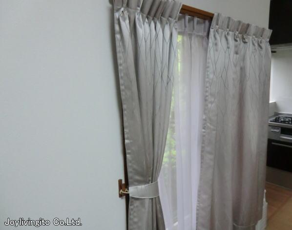 川嶋織物セルコン社、2倍ヒダのオーダーカーテン取り付け納品