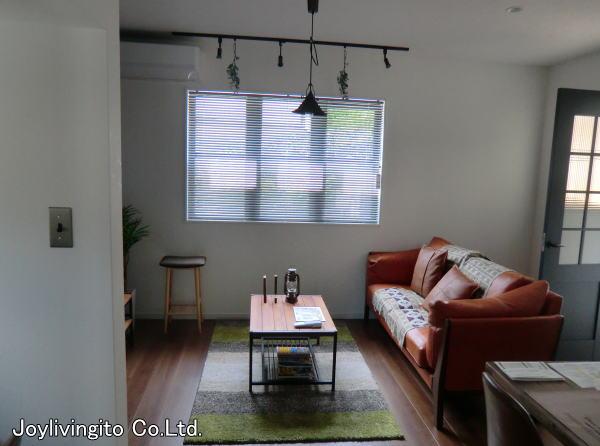 ブルックリンスタイル住宅へ縦、横型ブラインド取り付け納品